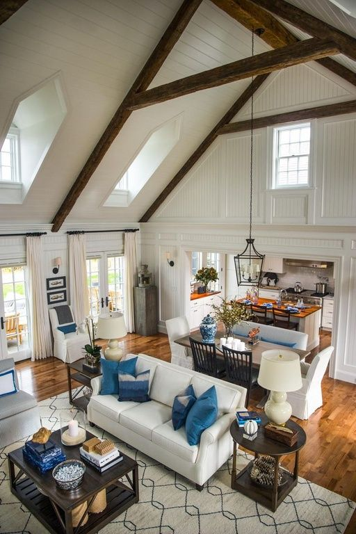 Gorgeous Volume Ceilings And Beams In This Great Room