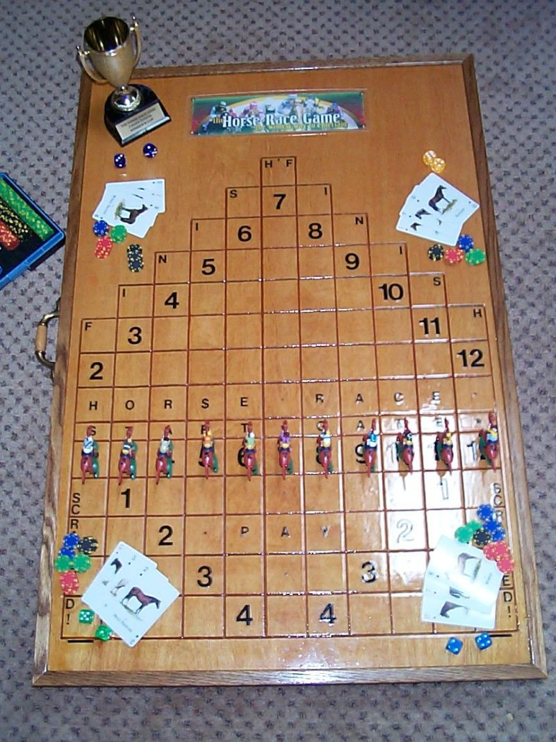 Anyone know the wood horse racing game woodworking