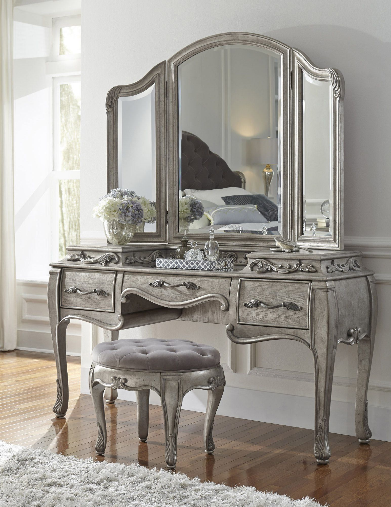 rhianna bedroom vanity set in platinum by pulaski - home gallery