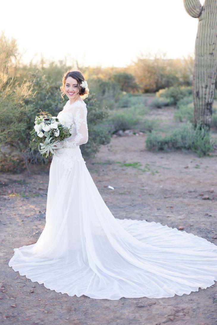 Modern Romance Desert Shoot with Lauren Buman  Modern romance