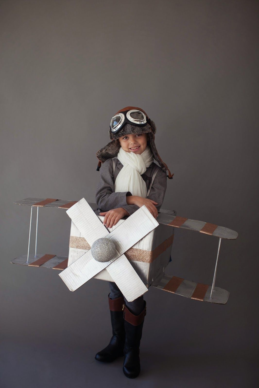Darling Amelia Earhart Halloween Costume