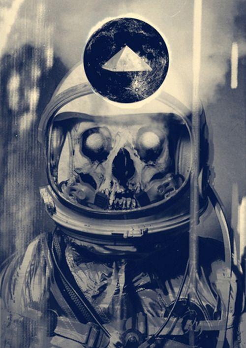 dead astronaut Dead astronaut Pinterest Astronauts