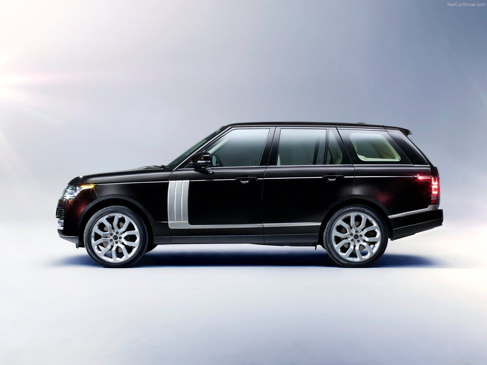 2013 Range Rover Vogue available for rental in Cote d Azur and