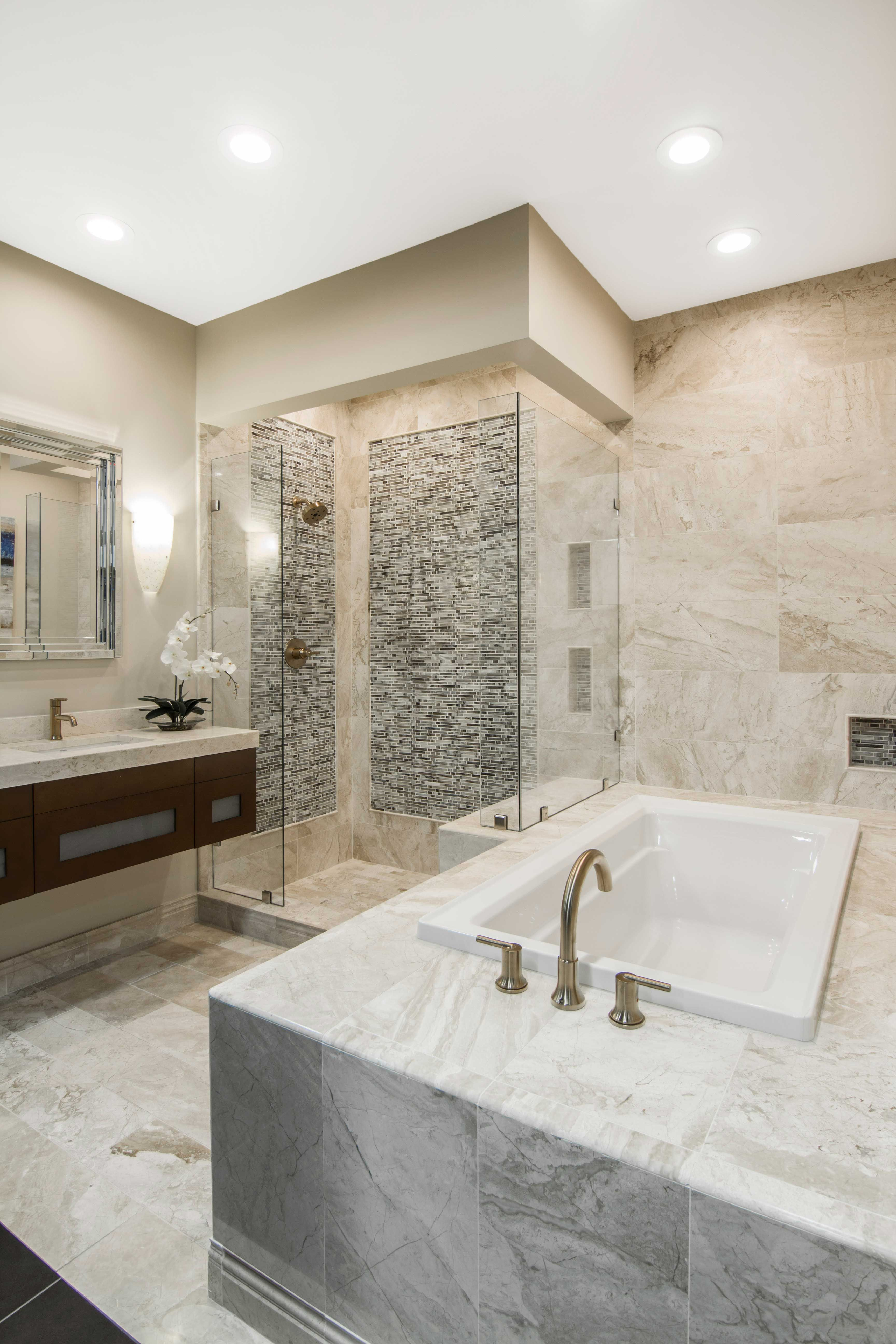 Luxurious Bathroom Tile Queen Beige Polished Marble Wall