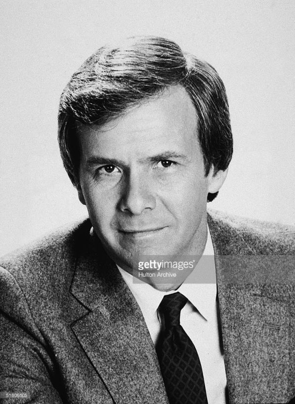 Tom Brokaw Retires After 38 Years On NBC | Tom brokaw and Toms