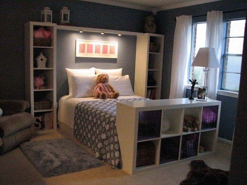 great way to organize a small bedroom for the kids | bedroom