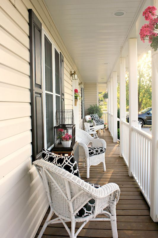 This Porch Is Long And Narrow Like Mine But She Managed To Make It Look Pretty The Great
