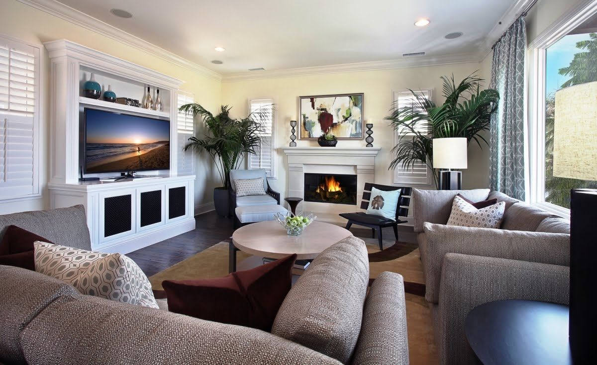Small Living Room With Corner Fireplace - Modern House on Small Space Small Living Room With Fireplace  id=36662