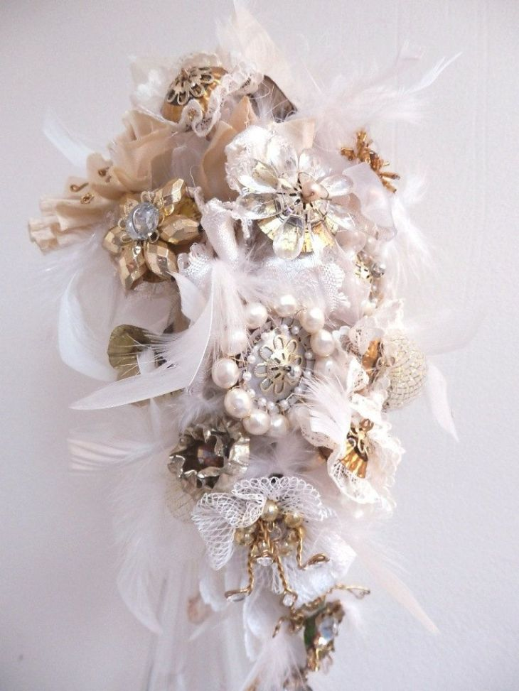 Bridal Bouquet Steampunk Wedding Recycled Broach Bouquet Style tagt