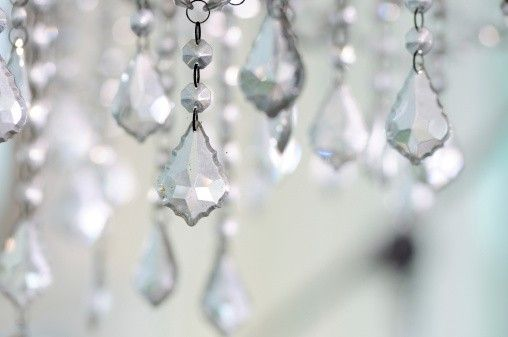 What S The Most Effective And Safest Way To Clean A Crystal Chandelier Answer