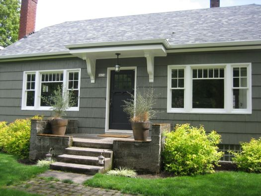 Bungalow Exterior Paint Color Benjamin Moore Sharkskin Would Look Cute With Our Lime