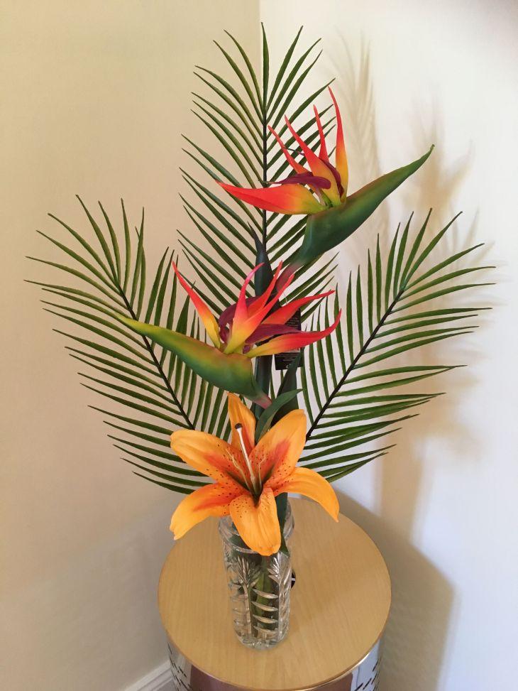 Tropical decor Artificial Areca palm birds of paradise and Lilly