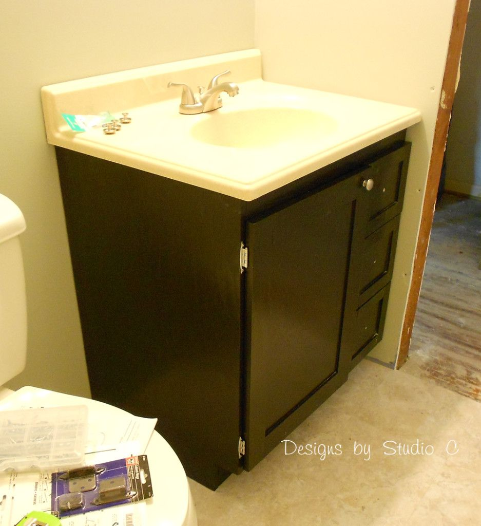 free diy woodworking plans to build a custom bath vanity dscn0675