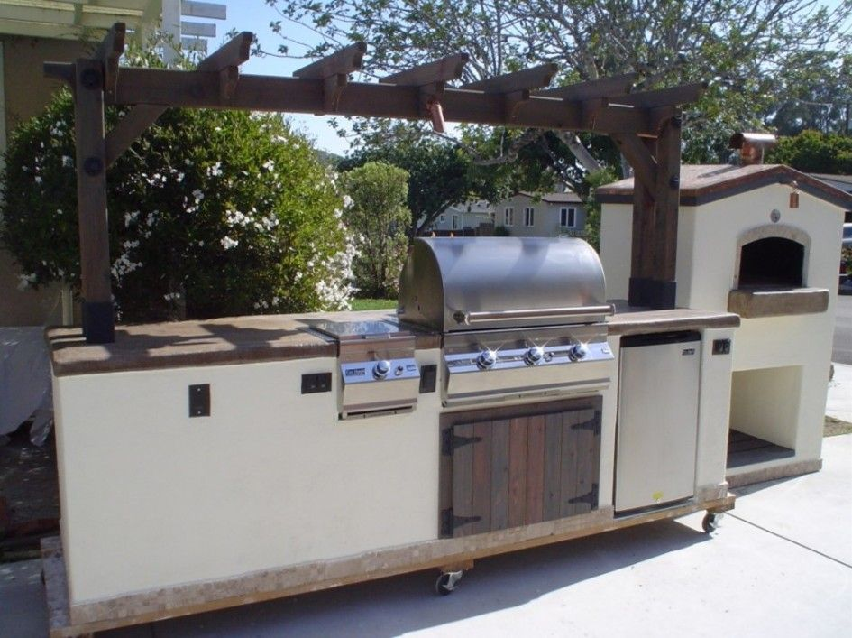 exceptional outdoor kitchen island on wheels of 3 burner natural gas grill in stainless steel on outdoor kitchen island id=61961