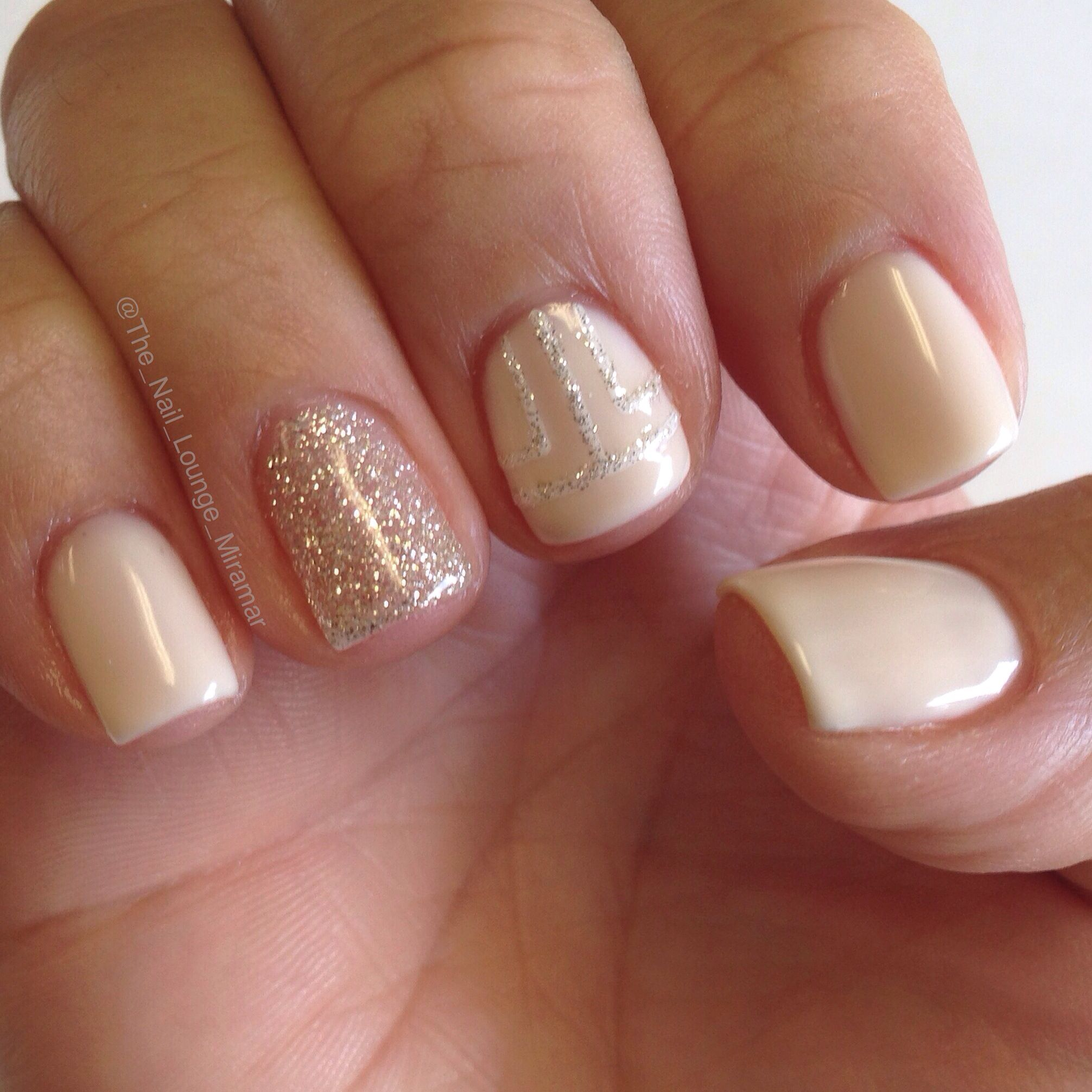 Simple Amp Glitter Gel Nail Art Design