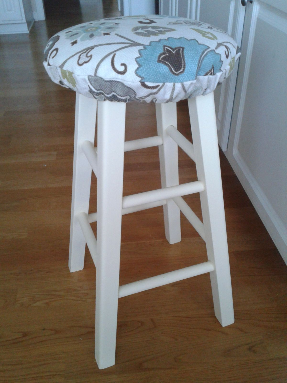 Diy Stool Cushion Use For Breakfast Bar Stools Nxt