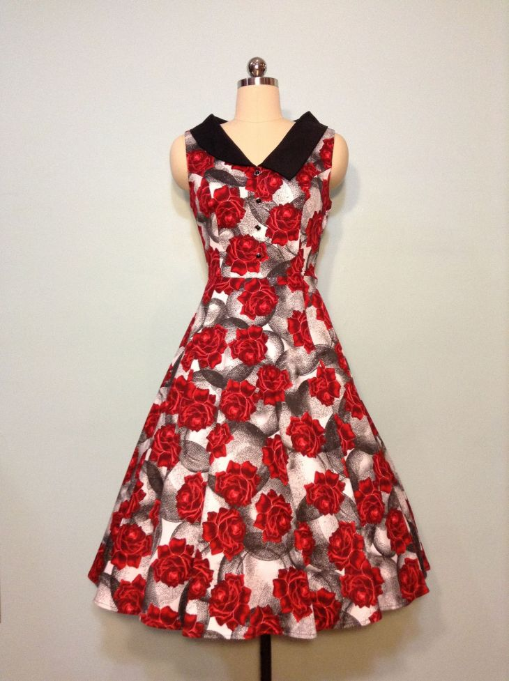 The Rose Circle Dress in Red and Black Cute Dresses Pinterest