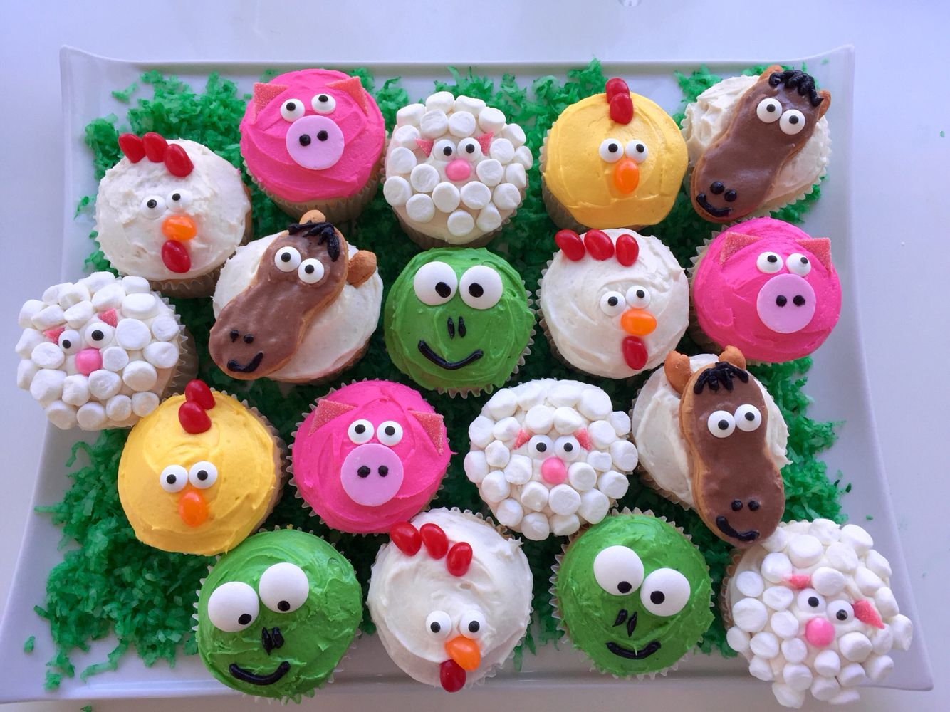 Farm Animal Cupcakes For My Nephew S Little Blue Truck