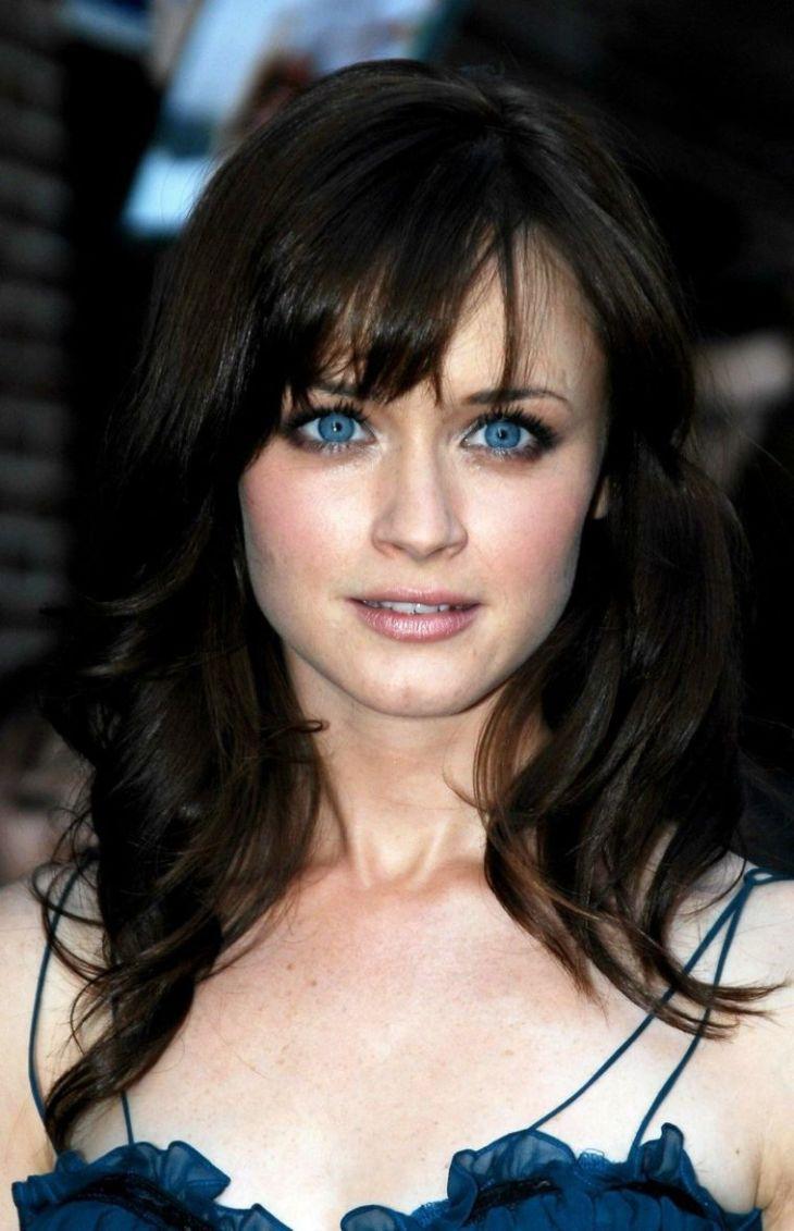 Maquillage yeux bleus  le maquillage idéal cuest lequel  Quelles