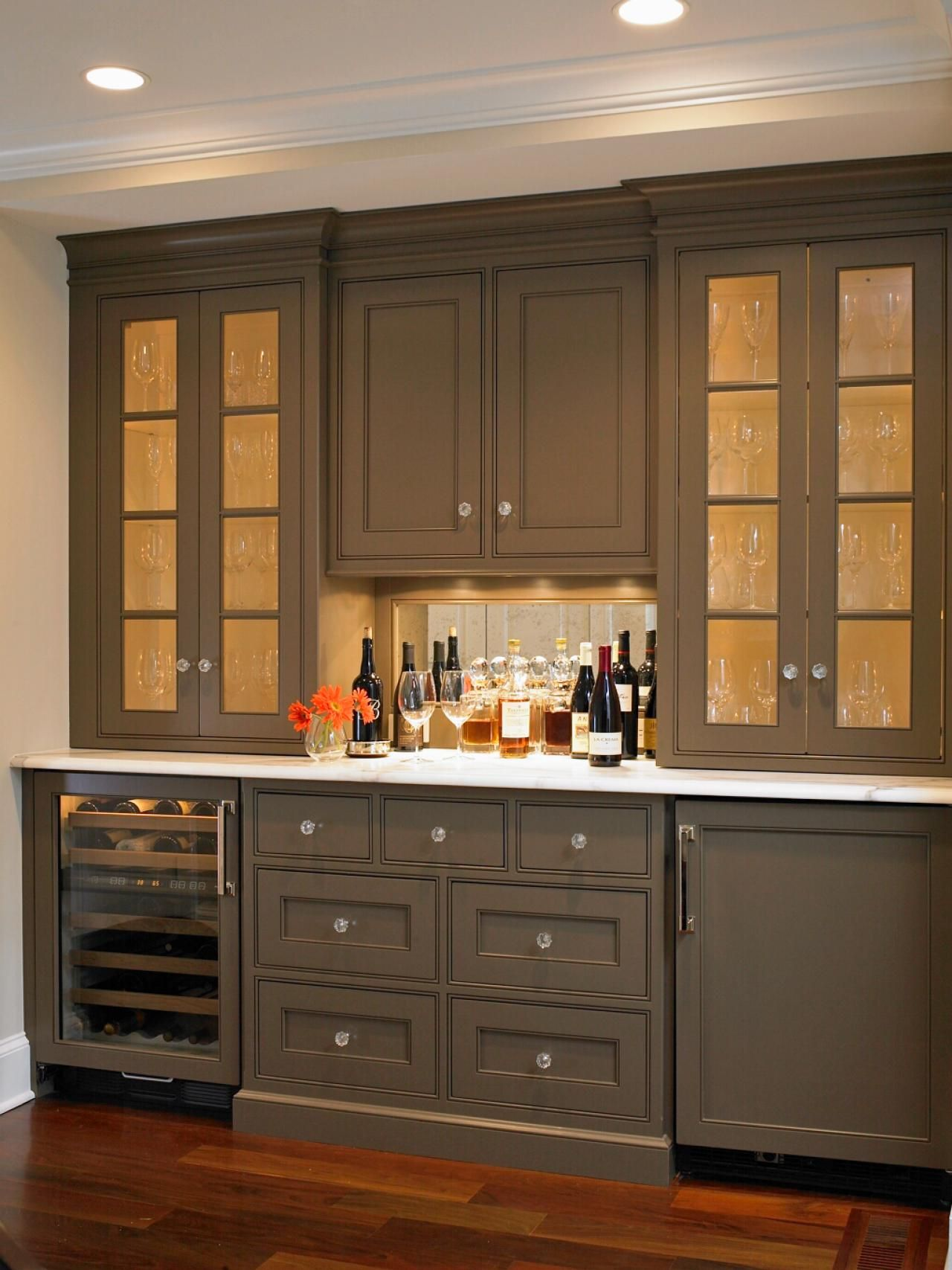 best pictures of kitchen cabinet color ideas from top designers design cabinets and ideas on kitchen cabinet color ideas id=40121
