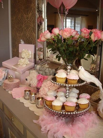 Pretty Tablescape for a more formal/pretty shower theme (Tea Party)