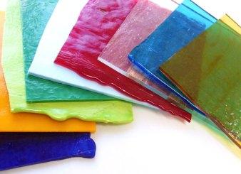 色とりどりのベネチアンガラス板。丁寧に梱包して発送いたします。