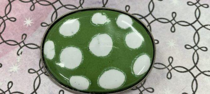 グリーンの水玉ブローチ【一日体験】