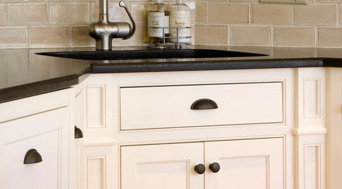 How to Paint Previously Varnished Kitchen Cabinets | PPC