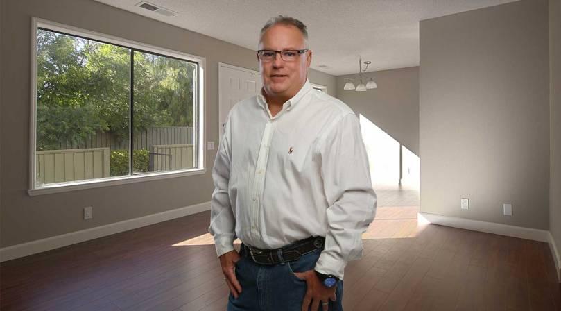 portrait of Steve Tomlinson of Tomlinson Paint Contractor, Bullard, Texas.