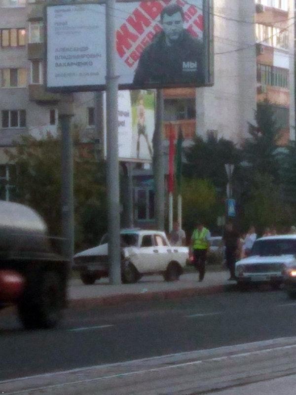 В Донецке «Москвич» врезался в столб, - ФОТО | Новости