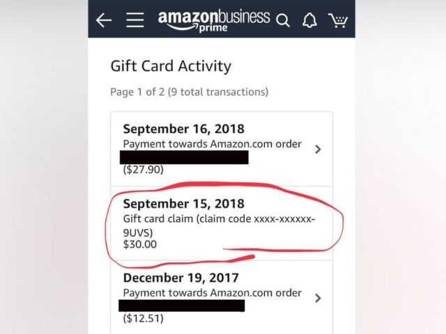 PHOTO: A buyer on Amazon showed ABC News the correspondence between a 3rd party seller who offered him $30 gift card/Amazon credit to change a bad review to a good one.