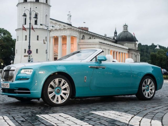 PHOTO: Rolls-Royce Dawn