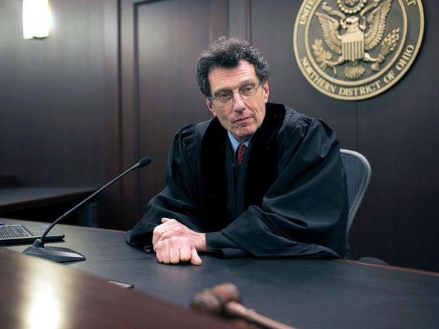 PHOTO: U.S. District Judge Dan A. Polster in his courtroom at the Carl B. Stokes U.S. Courthouse, in Cleveland, Ohio, Jan. 29, 2018.