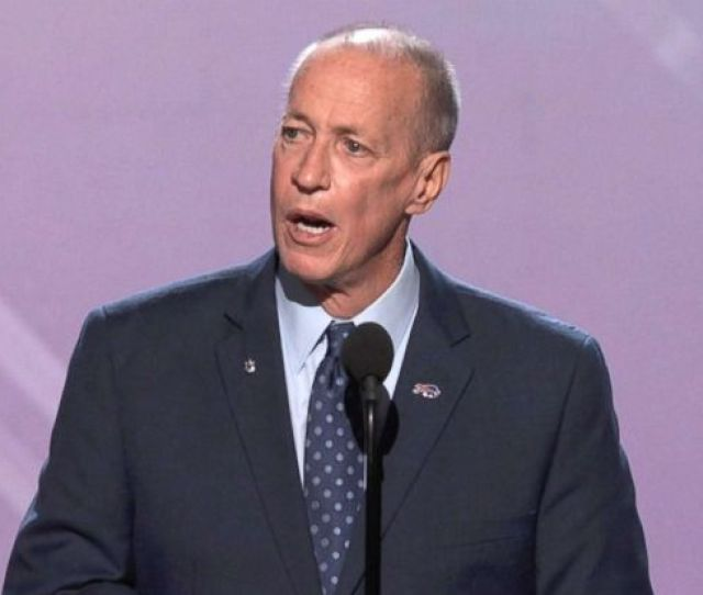 Jim Kelly Honored With Jimmy V Award At  Espys