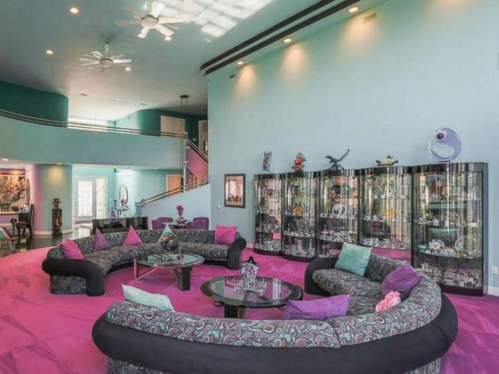Mansion decorated in fly '90s style listed for sale - ABC News on 90 Room  id=48614
