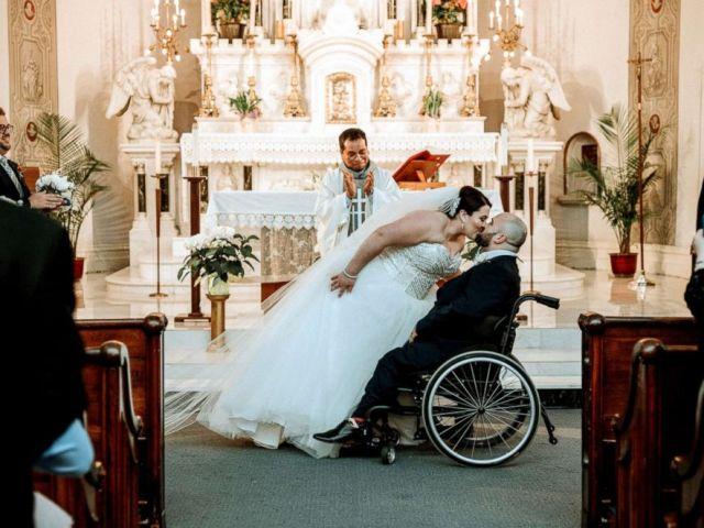 PHOTO: Newlyweds Justin Boisvert Sabrina Raposo kiss on their wedding day, April 20, 2018.