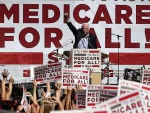 PHOTO: Sen. Bernie Sanders speaks during a health care rally on Sept. 22, 2017 in San Francisco.