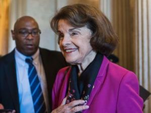 PHOTO: Sen. Dianne Feinstein talks with reporters after the Senate Policy luncheons in the Capitol on June 5, 2018, in Washington, D.C.