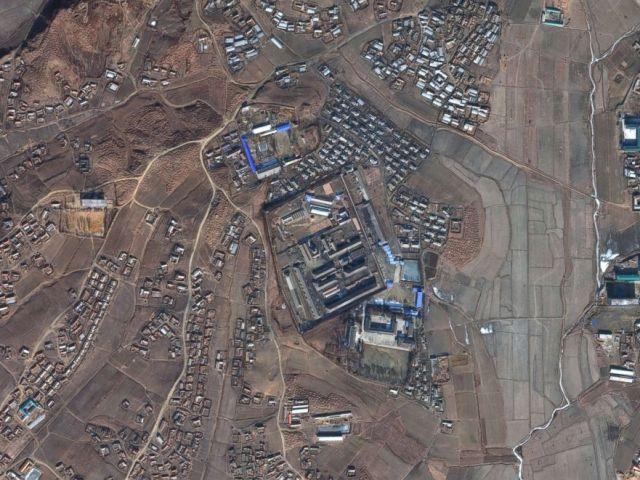 PHOTO: DigitalGlobe satellite imagery of Sinuiju concentration camp in North Korea, Oct. 29, 2016.