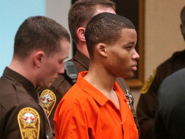 PHOTO: In this Oct. 20, 2003, file photo, Lee Boyd Malvo listens to court proceedings during the trial of fellow sniper suspect John Allen Muhammad in Virginia Beach, Va.