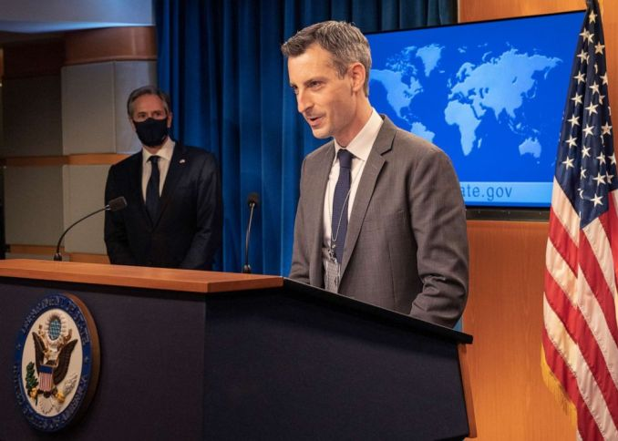 PHOTO: Department Spokesperson Ned Price introduces Secretary of State Antony J. Blinken before he delivers remarks to the media at the U.S. Department of State in Washington, D.C. on January 27, 2021.