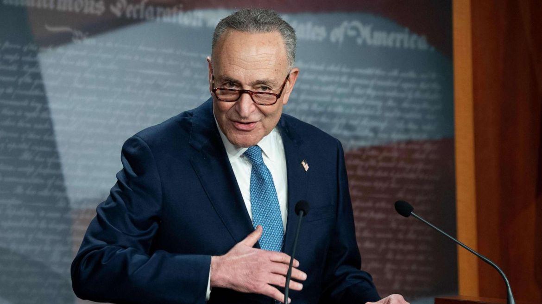 Senate Majority Leader Chuck Schumer announces Trump impeachment trial to  start week of Feb. 8 - ABC News