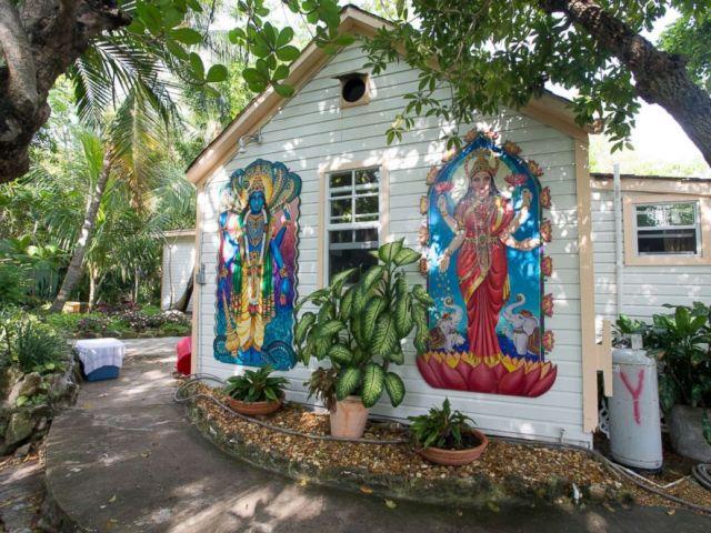 PHOTO: Sivananda Ashram Yoga Retreat