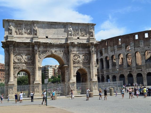PHOTO: Skip the line: Ancient Rome and Colosseum Half-Day Walking Tour