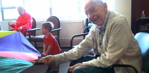 Seattle Preschool in a Nursing Home 'Transforms' Elderly ...