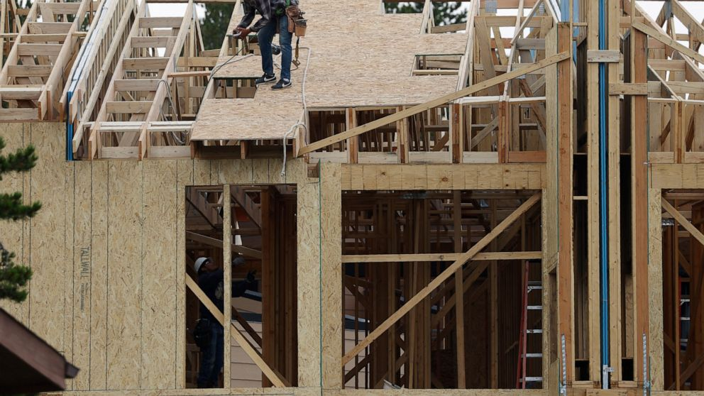 US home construction surges 22.6%, third monthly increase thumbnail