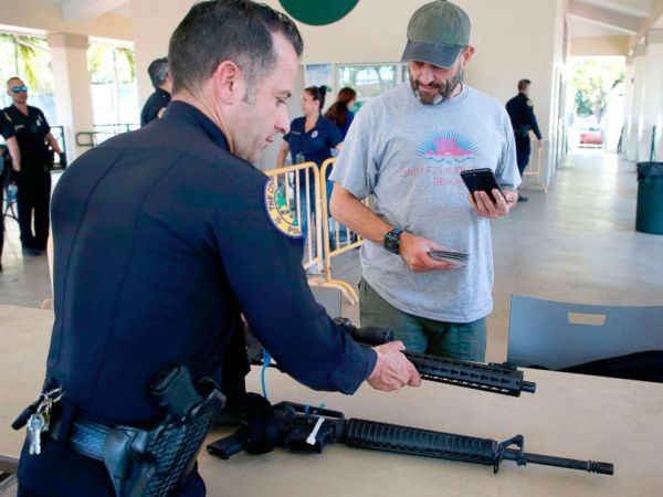 Former gun owner says he hopes owning AR rifles becomes ...