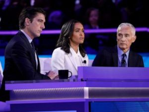 PHOTO: ABC News World News Tonight Anchor and Managing Editor David Muir, Correspondent Linsey Davis and Univision Anchor Jorge Ramos watch during the third Democratic Primary Debate, in Houston, Sept. 12, 2019.