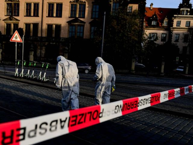 PHOTO: Police Forensics officers investigate the area near the Dresden Castle, in Dresden, Germany, Nov. 25, 2019, after a robbery of the Dresden Treasury Green Vault.