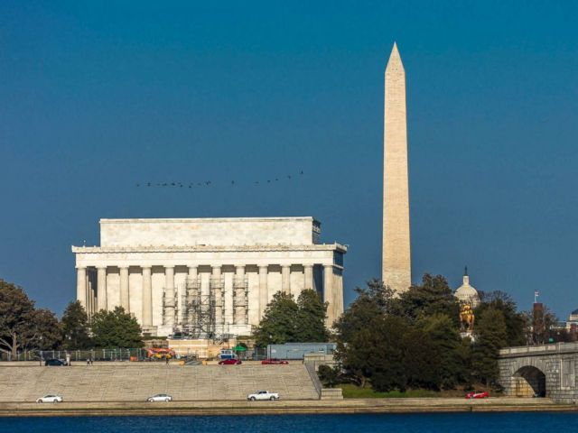 PHOTO: The Lincoln Memorial and Washington Monument are pictured in Washington, D.C., April 9, 2018.